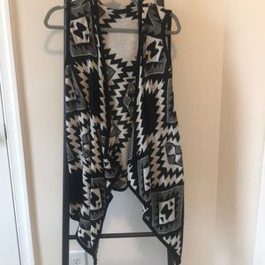 Cardigan Vest with Hood | EUC